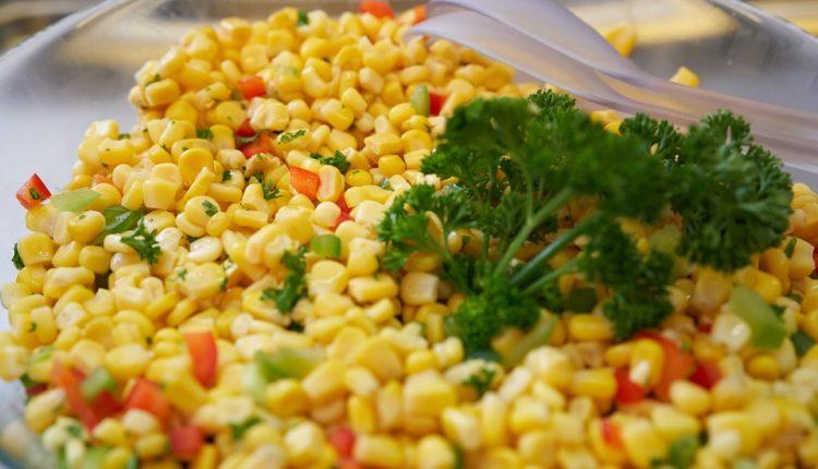 Samo 150 kalorija: Lagana salata sa kukuruzom