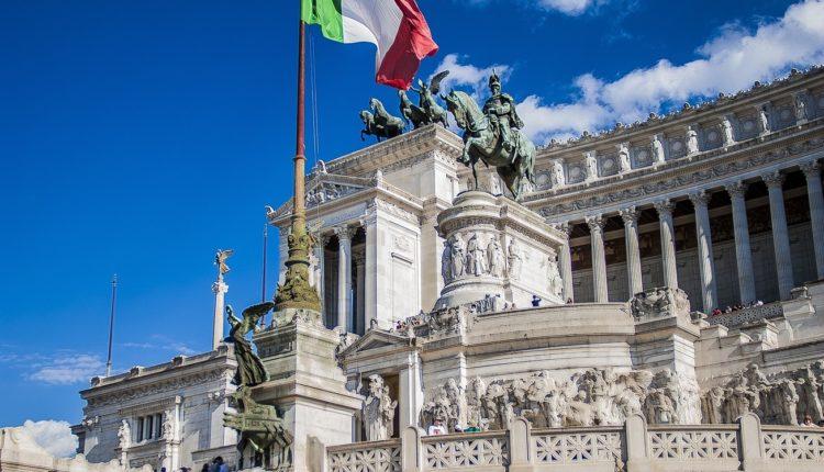Pala vlada u Italiji