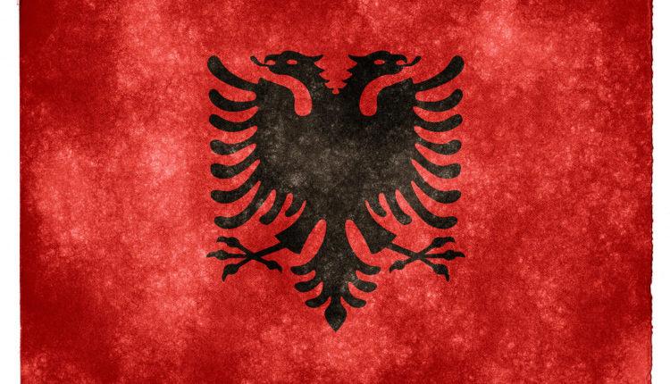 Novi skandal: Umešala se i UEFA zbog isticanja dvoglavog albanskog orla