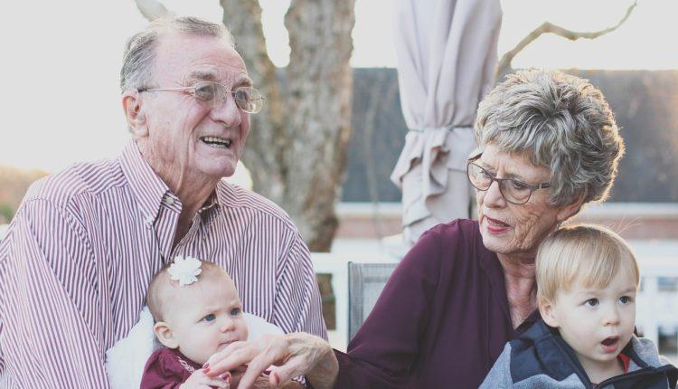 Kako bezbrižno podneti prirodno starenje?