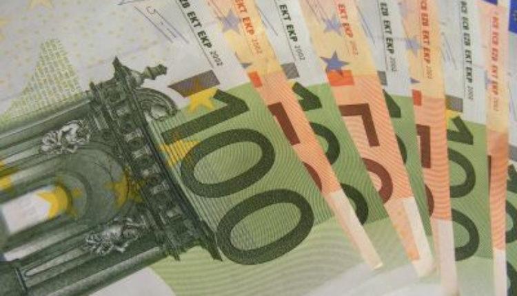 U HR i BiH najavljuju smanjenje zarada u javnom sektoru