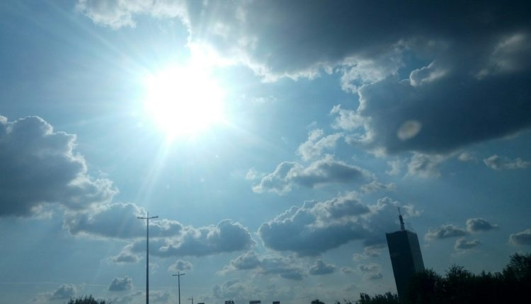 Today and in the days after, sunny and warm, up to 31 degrees