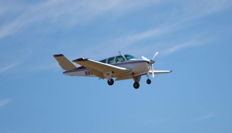 Sudar aviona u vazduhu, poginula oba pilota