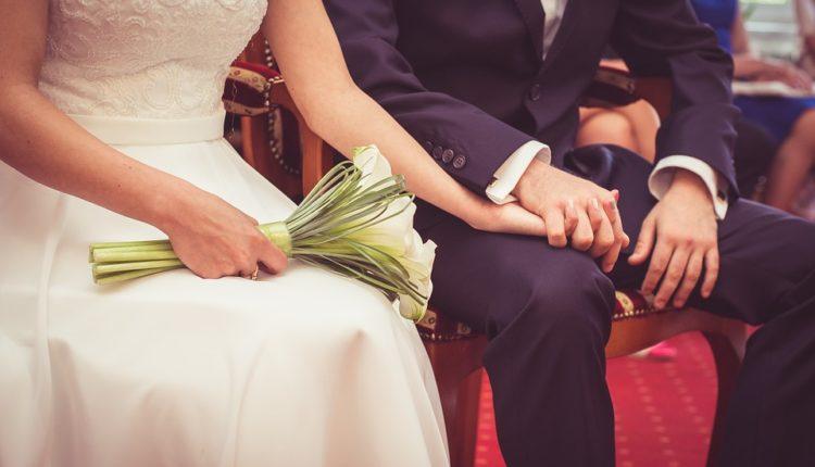 """Najčudniji srpski svadbeni običaji: Šta mlada ne sme da nosi i zašto je muž """"trudan"""""""