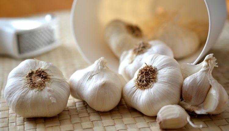 Nutricionista otkriva zašto beli luk naročito treba da konzumiraju žene