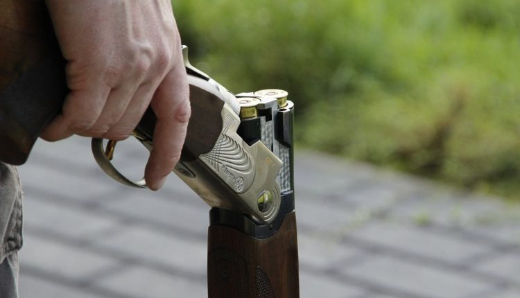 Otela mužu pušku i sprečila ga da se ubije