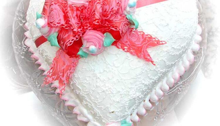 Stvorena za Novu godinu: Torta iz ledenog kraljevstva