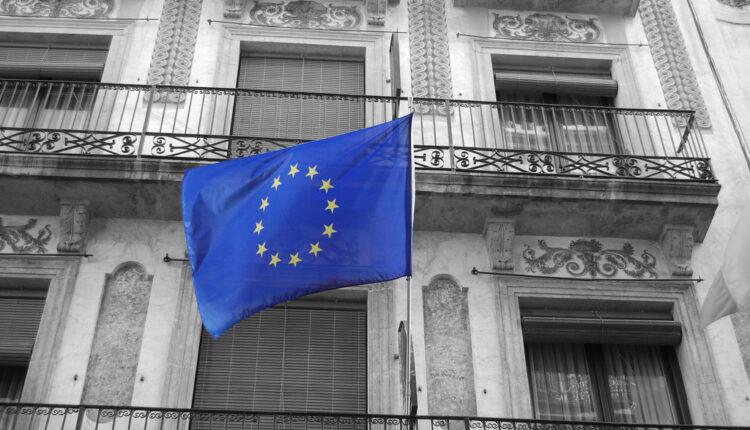 Strmoglav pad: EU tone sve dublje