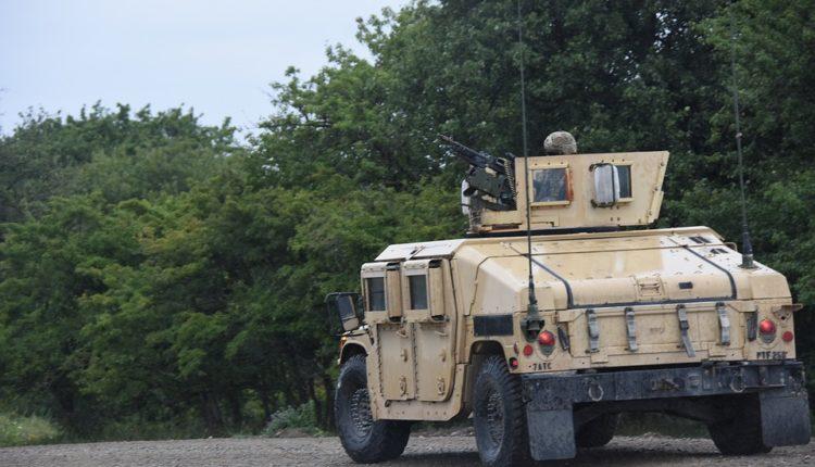 Oklopna vozila iz SAD stigla na Kosovo
