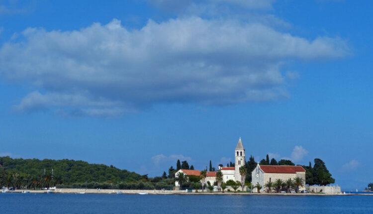 Odlično plaćeni SEZONSKI poslovi – traže baš Srbe