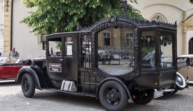 Vlasnica potrošila četiri i po hiljade evra za sahranu psa