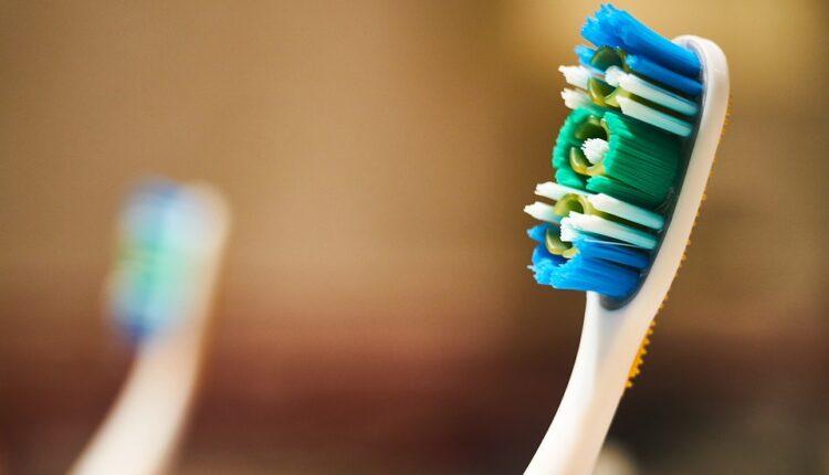 Na vašoj četkici za zube verovatno se nalaze čestice izmeta