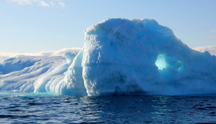 Najopasnija stvar na svetu počela da se otapa ispod leda