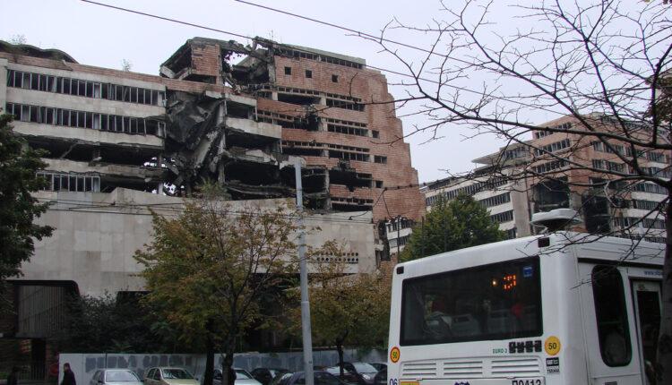 Ko sprečava da Srbija utvrdi posledice NATO bombardovanja
