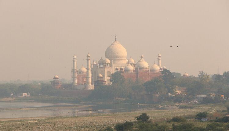 Besni sukob pod Himalajima: Pakistan bombardovao Indiju, Indija uzvratila vatru