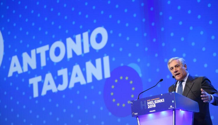 Tajani opet provocira: Musolini je uradio i nešto dobro