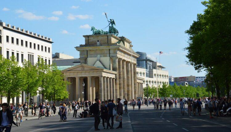 Nemci šokirani rasističkim ispadom sekretarke hrvatske ambasade