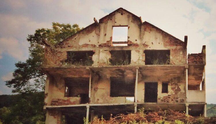Britanci skinuli oznaku tajnosti: Vrh Republike Srpske nije imao plan da osvoji Srebrenicu