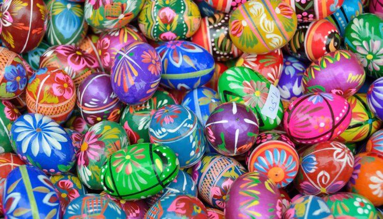 Evo šta označavaju boje kojima farbamo jaja