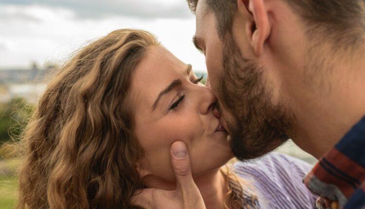 Jedan potez tokom ljubljenja otkriva da mu je iskreno stalo do vas