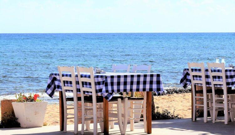 Počelo čerupanje turista: Da li je moguće da lignje u Grčkoj koštaju ovoliko (foto)