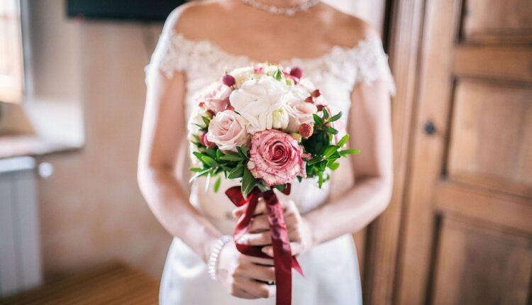 Posle venčanja dobila šokantnu poruku od neveste: Nadam se da ste uživale, ali…