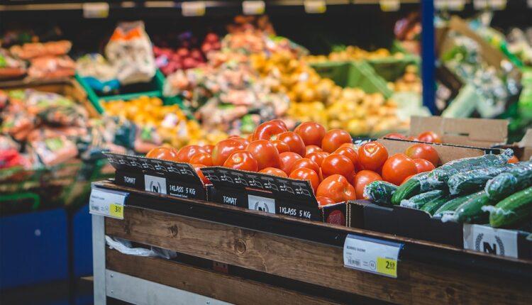 Gde je nestalo srpsko povrće: Jedemo crni luk iz Perua i paradajz iz Burkine Faso