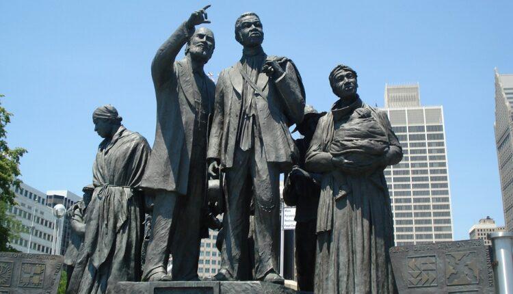 Treba li SAD da isplati odštetu potomcima robova?