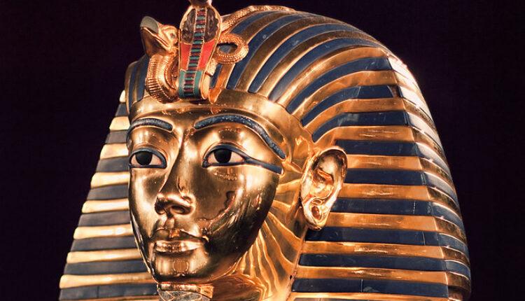 Naučnici: Ne dirajte Tutankamonovu mumiju – OPASNO! (foto)