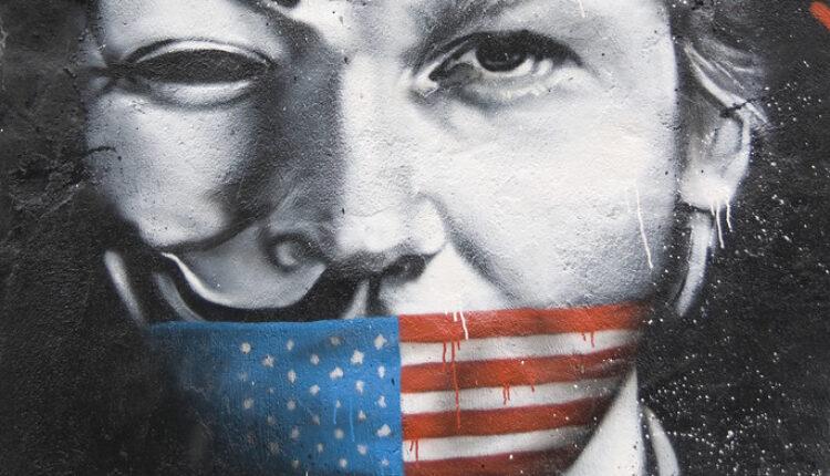 """Asanž će biti izručen Americi"""