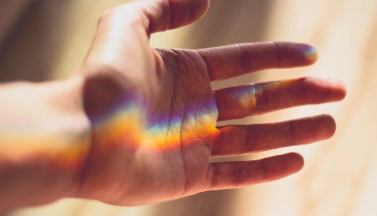 Pogledajte dobro svoj dlan: Ako ugledate ovaj znak, čeka vas neverovatna sudbina