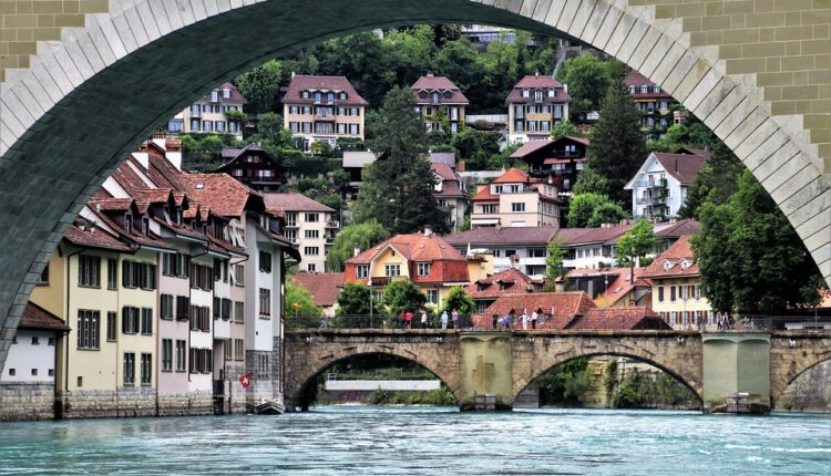 Visok standard i plate od skoro 7.000 evra: Ovo je najbolja zemlja za život