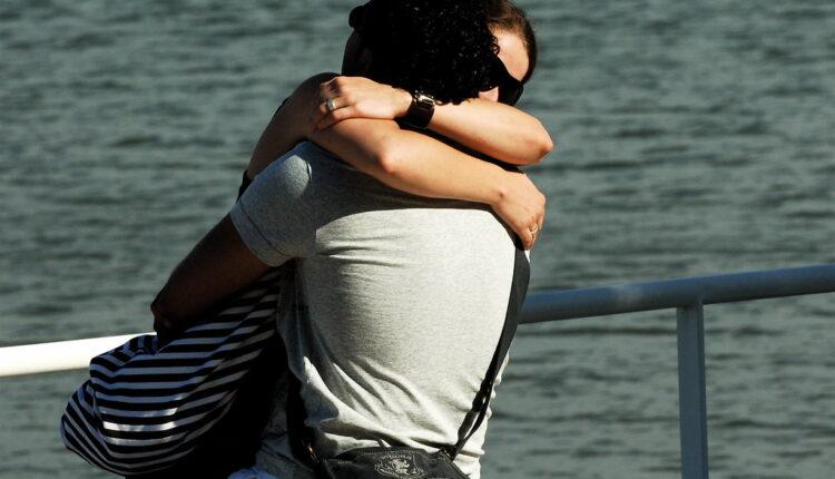 """Muškarci otkrili kada je pravi trenutak da izgovore """"volim te"""""""
