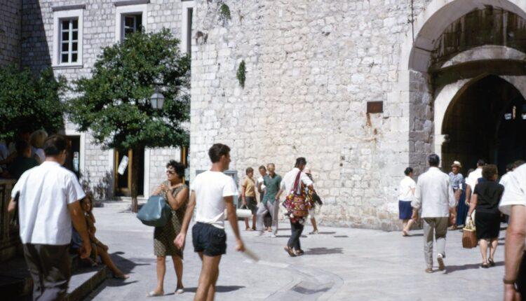 Cena lagodnog života u Jugoslaviji – još vraćamo kredite