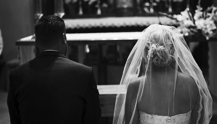Pred oltarom je čekao trudnu mladu – nikad nije došla