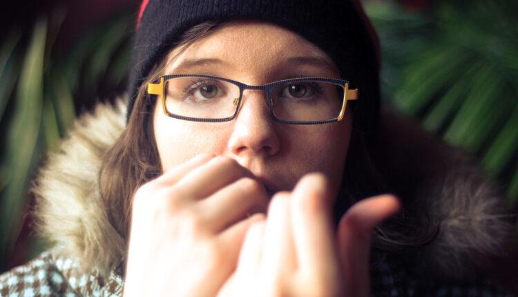 Grickanje noktijunije samo loša navika
