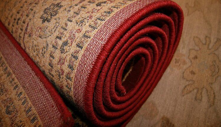 Jeziva nesreća u perionici: Na radnicu palo 30-ak tepiha