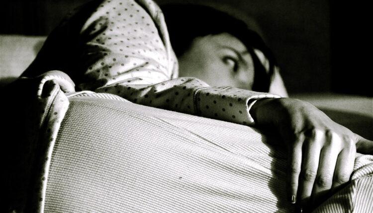 Teško zaspite? Ovi napici će vam sigurno pomoći da utonete u san