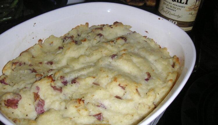 Nešto malo drugačije: Zapečeni pire krompir s mesom