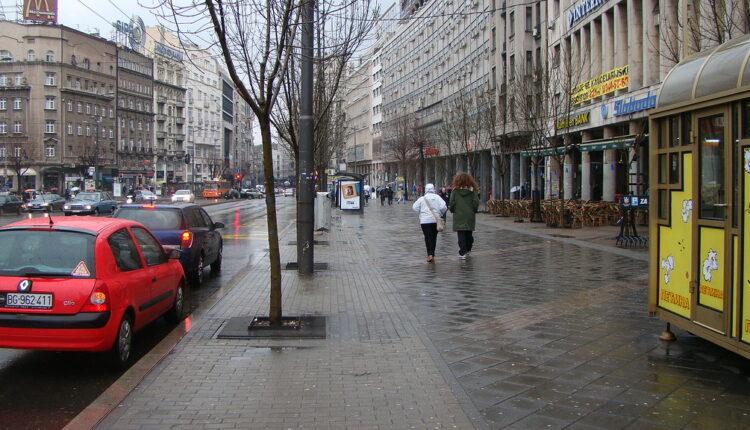 Država bespovratno dotira taksiste 8.000 € – uz jedan uslov?