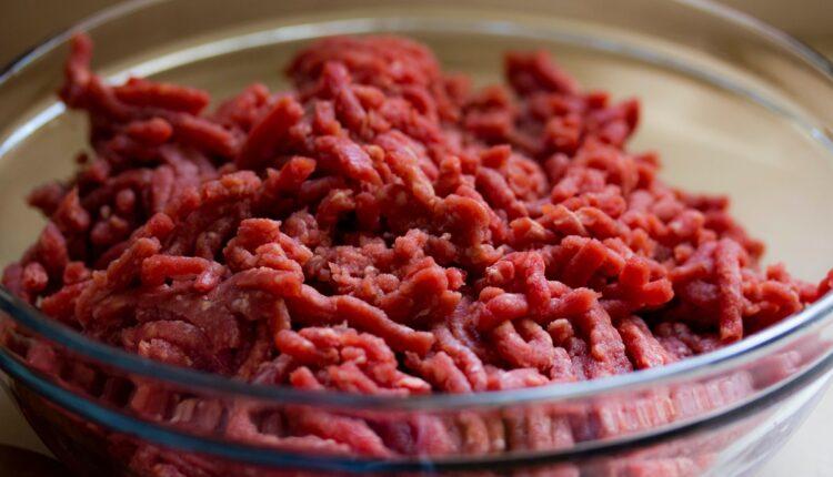Ovo nikako ne smete da radite sa mlevenim mesom