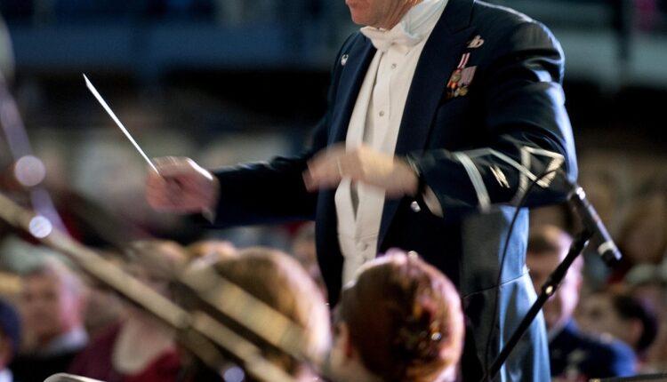 Skandal u Filharmoniji: Dirigent otkazao dolazak dan pre nastupa