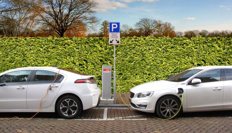 Subvencije bogatima da kupe skupe automobile