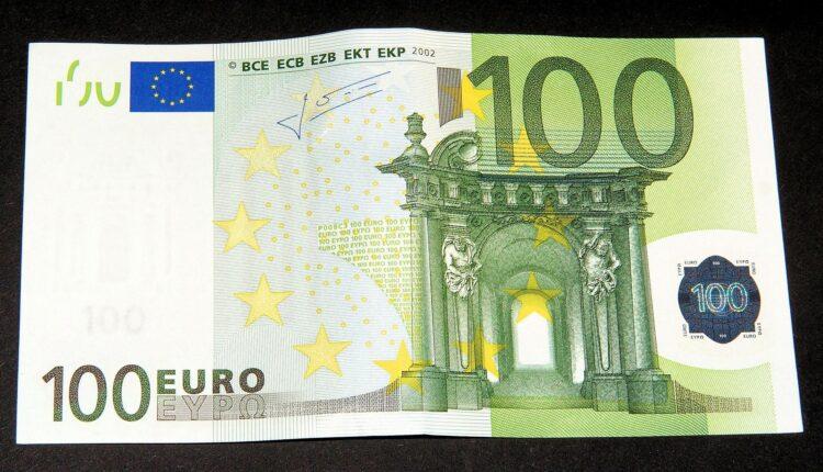 Od jutros radi kol centar za prijavu za 100 evra, ovo je broj telefona