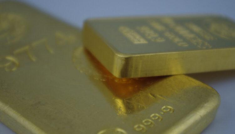 Dečaci se igrali u kući pa pronašli zlatne poluge vredne 80.000 evra