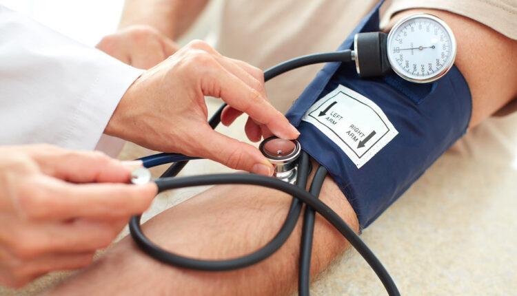 Visok krvni pritisak: Kardiolozi otkrivaju najveću zabludu u koju ljudi veruju