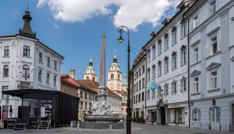 U Sloveniji od sutra na snazi policijski čas