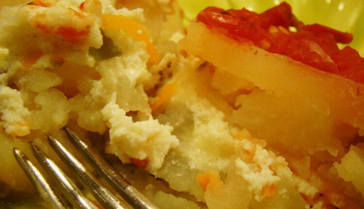 Topi se u ustima: Pečeni krompir sa sirom
