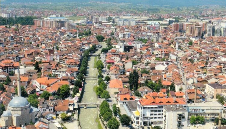 Incident na Kosovu: Albanci metalnim šipkama nasrnuli na Srbe