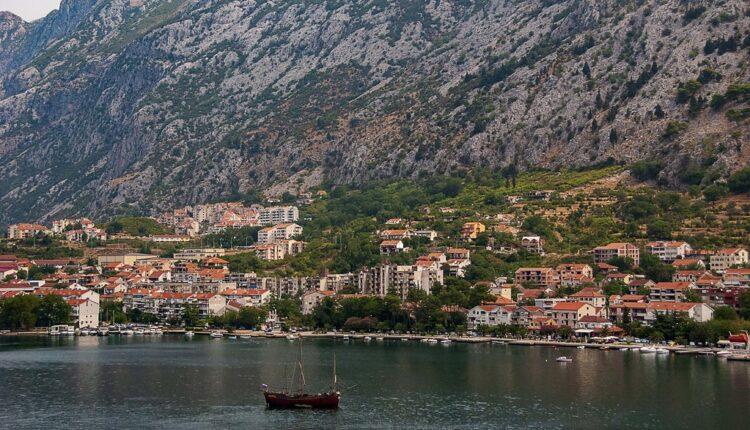 Građani Srbije ipak ne mogu u Crnu Goru?